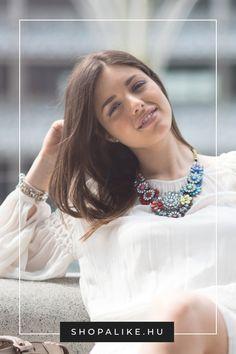 Régóta tart a tél, és már unod az ezerszer viselt téli ruháidat? Nem feltétlenül kell bevásárlókörútra indulnod, mert pár kiegészítővel is látványos változást eredményezhetsz. Egy színes gyöngyös vagy köves nyaklánc remekül feldobja az egyszínű felsőket vagy ruhákat, míg egy letisztult aranylánc elegáns hangulatot ad még a hétköznapi ruhadaraboknak is. Más ékszerekkel kombinálva trendi szetteket alkothatsz, de a hangsúlyos darabokat inkább magukban viseld. #ékszer #télidivat #divattipp… Turquoise Necklace, Outfit, Jewelry, Fashion, Outfits, Moda, Jewlery, Jewerly, Fashion Styles