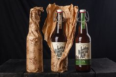 Lake House Ale on Packaging of the World - Creative Package Design Gallery