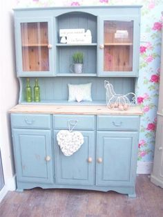 SHABBY CHIC SOLID PINE WELSH DRESSER DISPLAY CABINET PAINTED IN ANNIE SLOAN | eBay