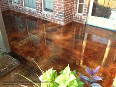 Concrete floor stain can dramatically change the look of your porch or patio floor. Get ideas for staining concrete floors, patterns and products for your front porch and more. Easily create a whole new look by staining your concrete porch or walk ways. Stained Concrete, Concrete Floors, Concrete Staining, Concrete Front Porch, Concrete Backyard, Concrete Patios, Backyard Patio, Front Porch Design, Porch Designs
