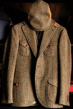 Suit Fashion, Mens Fashion, Fashion Outfits, Tweed Jacket Men, Norfolk Jacket, Tweed Run, Country Attire, Suit Accessories, Country Fashion