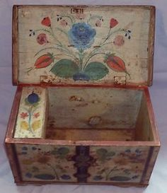 Fantastic C Folk Art 'Pennsylvania Dutch' Painted Small Coffer C 1850 NR Painted Trunk, Painted Chest, Painted Boxes, Hand Painted Furniture, Wooden Boxes, Antique Furniture, Old Boxes, Antique Boxes, Tole Painting