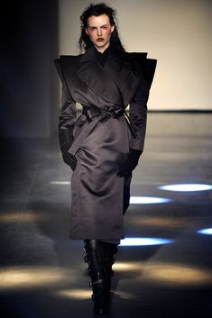 Andreas Kronthaler for Vivienne Westwood Fall 2012 Ready-to-Wear Collection Photos - Vogue