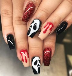 Scream Halloween Nail Art Spooky Halloween Nail Designs For Creepy Fingers Holloween Nails, Cute Halloween Nails, Halloween Acrylic Nails, Halloween Nail Designs, Best Acrylic Nails, Halloween Makeup, Halloween Decorations For Kids, Halloween Desserts, Halloween Party Decor