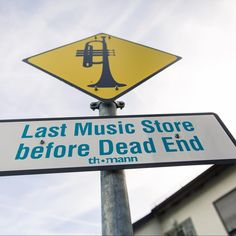 You know it's true! 👍 Discover the most awesome music store you will ever see - eat with us, play every instrument you want and have an awesome day - we are waiting for you! 😄😄#MyThomannTrip #mythomanntrip #franconia #holidays #bavaria #funny #stuff #roadsigns #paradisecity #fun #treppendorf #thomann #music #shopping #holiday