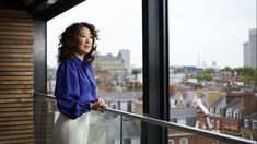 Sandra Oh on making Emmy history, 'Killing Eve' and the joy and grief in feeling recognized - Los Angeles Times Sandra Oh, Celebrity Evening Gowns, Public Theater, Cristina Yang, Movie Shots, Donald Glover, The Emmys, Bbc America, Lucille Ball