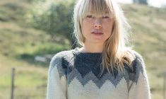 Rå stil. Free Knitting, Knitting Ideas, Knit Patterns, Alter, Bangs, Free Pattern, Knitwear, Turtle Neck, Pullover