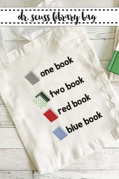 Make this Dr. Seuss inspired library book bag with the FREE SVG from Everyday Party Magazine. #DrSeuss #LibraryBag #FreeSVG