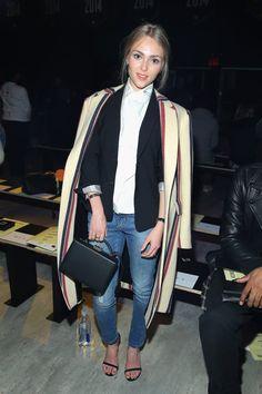 Pin for Later: Les Stars Sont au premier Rang Pour la Fashion Week de New York AnnaSophia Robb Au défilé VFiles.