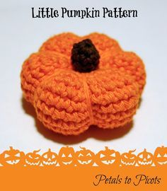 Little Pumpkin Crochet Pattern: I love autumn!  I love pumpkins and gourds and colorful leaves and mums ... I love all those burnt colors of reds and golds and browns ... and I love crocheting little autumn lovelies to decorate my home. And, of course, I love being able to share my patterns with you :)  I hope you enjoy this sweet little pumpkin!