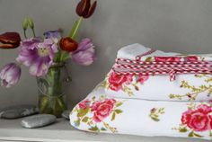 Room Seven Room Seven Poppies guest towel Red 030*050