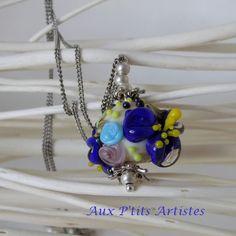 """pendentif, perle en verre filé """"botanique bleu"""" de la boutique AuxPetitsArtistes2 sur Etsy"""