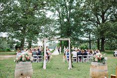 Handgemachte Preppy Garten Hochzeit Mit Einem Heimeligen Gefühl #einem #Garten #Gefühl #Handgemachte #Heimeligen #Hochzeit #Preppy