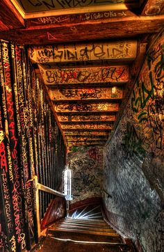 This looks like it could be the entrance to a badass music venue. I can hear the music filling the air! #graffiti #street #art STREET ART COMMUNITY » We declare the world as our canvas. www.moderncrowd.com/reverse-graffiti-street-art