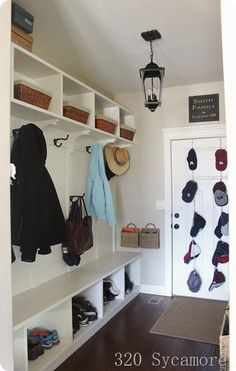 a functional mudroom @lissylee