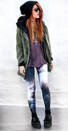 I think everyone desires to own a pair of galaxy leggings.