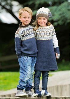 Tunika med rundt bærestykke pattern by Olaug Beate Bjelland Fair Isle Knitting, Knitting Yarn, Baby Knitting, Crochet Toddler, Crochet Baby, Knit Crochet, Knitting For Kids, Knitting Projects, Knitting Patterns Free