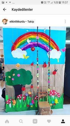 DIY Underwater Birthday Party Decorations - New Deko Sites Birthday Party Decorations Diy, School Decorations, Diy And Crafts, Crafts For Kids, Paper Crafts, Kreative Jobs, Paper Mache Tree, Underwater Birthday, Preschool Decor