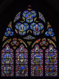 Vidriera de la Catedral de Bayeux (by vigalpo) via:  ikimono-clips on Tumblr
