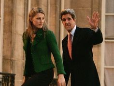 Sign this petition on StandUnited.org: Investigate Sec. John Kerry Funnelling Taxpayer Millions to his Daughter