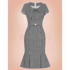 Elegantné čiernobiele šaty v štýle vintage Stylus, Retro, High Neck Dress, Dresses For Work, Fashion, Turtleneck Dress, Moda, Style, La Mode