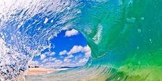 El surfista que fotografía el corazón de las olas