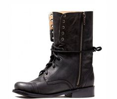 Fantastic boots...that have a hidden pocket inside for a cell phone or some cash.