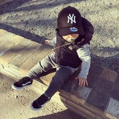 This outfit is too cute man I can't wait to have a son - Baby Outfits - Kids Style Cute Baby Boy Outfits, Little Boy Outfits, Toddler Boy Outfits, Cute Baby Clothes, Toddler Boys, Baby Swag, Garçonnet Swag, Boys Clothes Style, Man Clothes