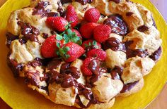 Anillo de lionesas relleno de chocolate