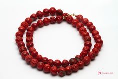 Mediterranean Red Coral Necklace round mush 7½-8½mm in Gold 18K Collana Corallo rosso del Mediterraneo pallini mush 7½-8½mm in Oro 18K