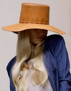 must do : leather hat
