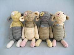 """Kuscheltier """"Unschulds-Lamm"""" von eineIdee // cuddle toy """"sheep"""" by eineIdee via dawanda.com"""