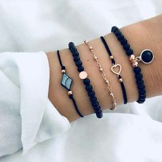 30 Beautiful Bracelet Ideas For women, Diy Abschnitt, Source by summer bracelets Stylish Jewelry, Cute Jewelry, Jewelry Accessories, Jewelry Design, Fashion Jewelry, Summer Bracelets, Cute Bracelets, Beaded Bracelets, Earrings Handmade