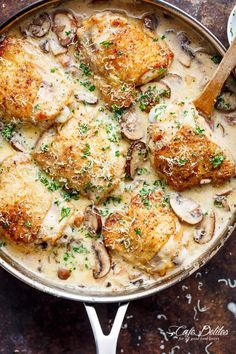 A thick and lightened up Creamy Parmesan Herb Chicken Mushroom is your new favourite dinner recipe! With NO heavy cream at ALL!
