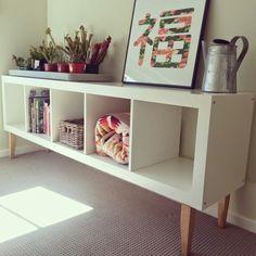 Idée pour customiser personnaliser peindre détourner une étagère Expedit de chez Ikea DIY déco photo
