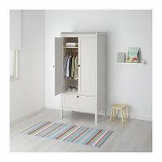 IKEA - SUNDVIK, Armoire, , Assez profond pour recevoir des cintres pour adulte.Portes avec amortisseur pour fermeture silencieuse et en douceur.