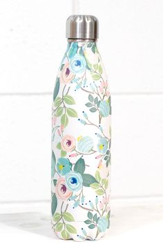 Stainless Steel 25 oz Floral Hot/Cold Bottle {Peach} Swell Water Bottle, Cute Water Bottles, Water Bottle Design, Glass Water Bottle, Drink Bottles, This Is Water, Drink Holder, Pretty And Cute, Ceramic Cups