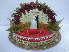 A creative platter for your ring. Contact us on Facebook @OM Gifts