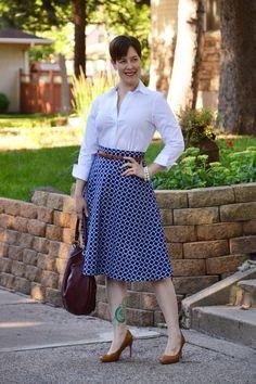 Belt over skirt