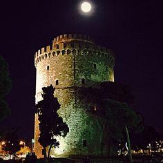 Thessaloniki White tower under the moonlight