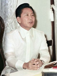 Sept 1972 President Ferdinand Marcos declared Martial Law and a State of Emergency in the Philippines Ferdinand, People Power Revolution, Philippine Army, President Of The Philippines, Philippines Culture, Greatest Presidents, Power To The People, United States Army