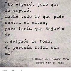 """1,943 Me gusta, 32 comentarios - El Caminante de libros (@caminantedelibros) en Instagram: """"#caminantedelibros #caminante @lachicadelzapatoroto"""""""