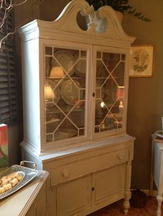 Shabby Chic Cottage Painted China Cabinet