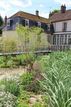 Nominé 2014 SÉZANNE (51) - Aménagement du jardin intérieur de l'ancien collège - Les Victoires du Paysage 2014 (Collectivités - Parc ou jardin urbain)
