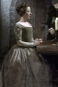 TBT: The Six Wives of Henry VIII (1970) – Wives Of Henry Viii, Tudor History, Renaissance Fair, Anne Boleyn, Historical Costume, Bbc, Medieval Party