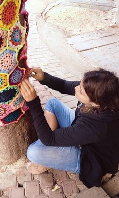 Guerilla Knitting Patterns : 1000+ images about Yarnbombing / Guerilla Knit and Crochet on Pinterest Yar...