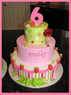 not having a strawberry shortcake party but i like the look to this cake just turn it into Dora and a 3rd birthday