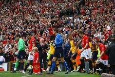 United & Arsenal take to the field in 2009