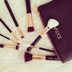 These are actually beautiful #YouCanNeverHaveEnoughBrushes #zoevacosmetics by shirleybeniang http://ift.tt/Lzvr0L