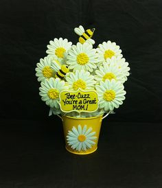 Mother's Day Daisy and Bee Cookie Bouquet Cookie